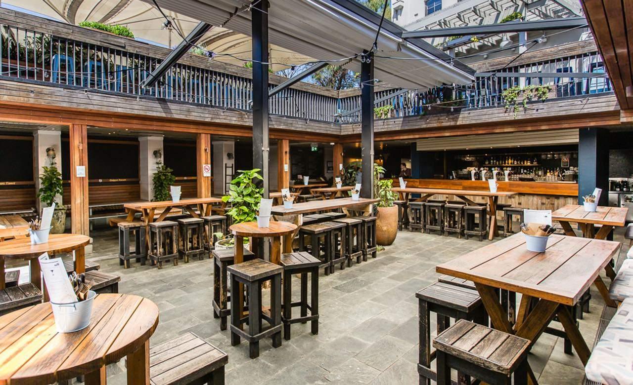 The Bank Hotel Beer Garden Newtown Review Concrete Playground Sydney