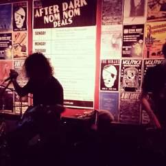 Ric's Bar