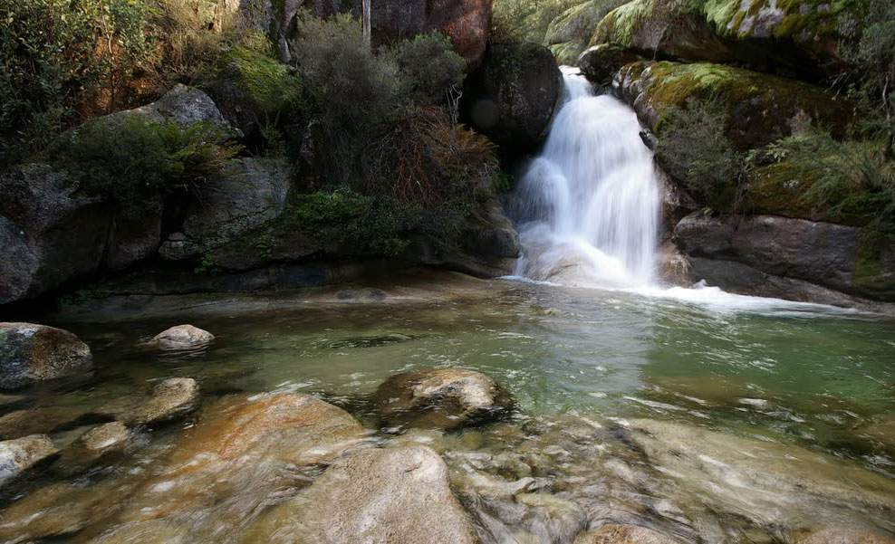 Four Waterfalls Near Melbourne You Can Swim Under