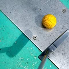 Australia is Getting a Mini-Golf Bar