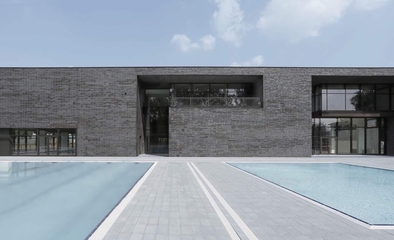 Centro-Natatorio-Mompiano-swimming-pool-Brescia-Italy