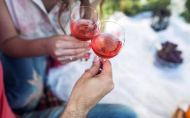 Five Deliciously Perfect Wines for Springtime Drinking