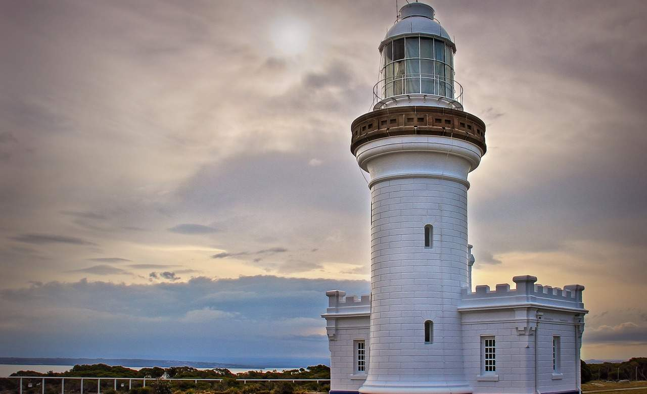 Point-Perpendicular-Lighthouse-Jervis-Bay-NSW