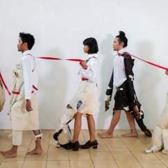 Mella Jaarsma: Dogwalk