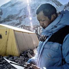 Trouble at 17,000 Feet: Behind the Scenes of Sherpa with Director Jennifer Peedom