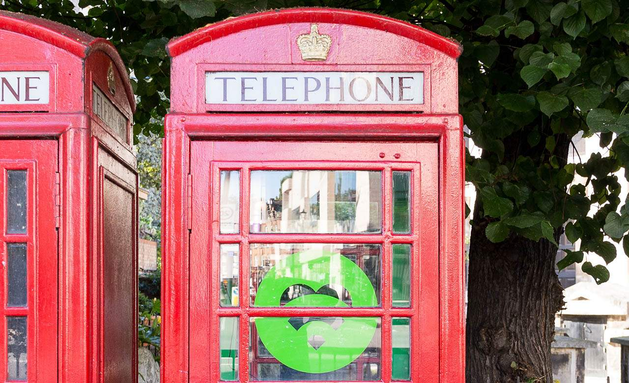 A British Company Is Turning Phone Booths Into Smartphone Repair Shops