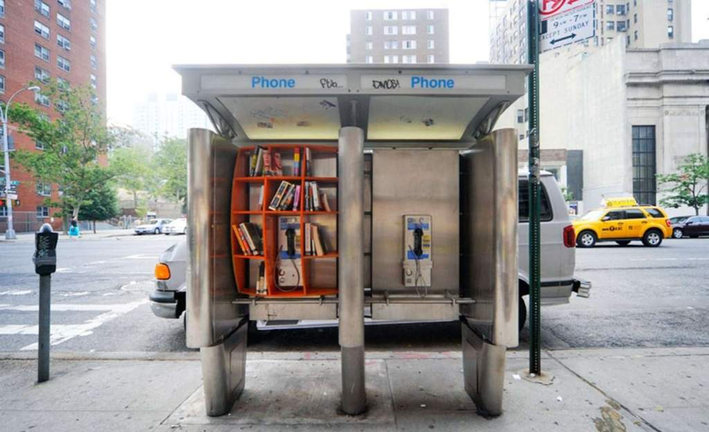 phonebooth-library-01