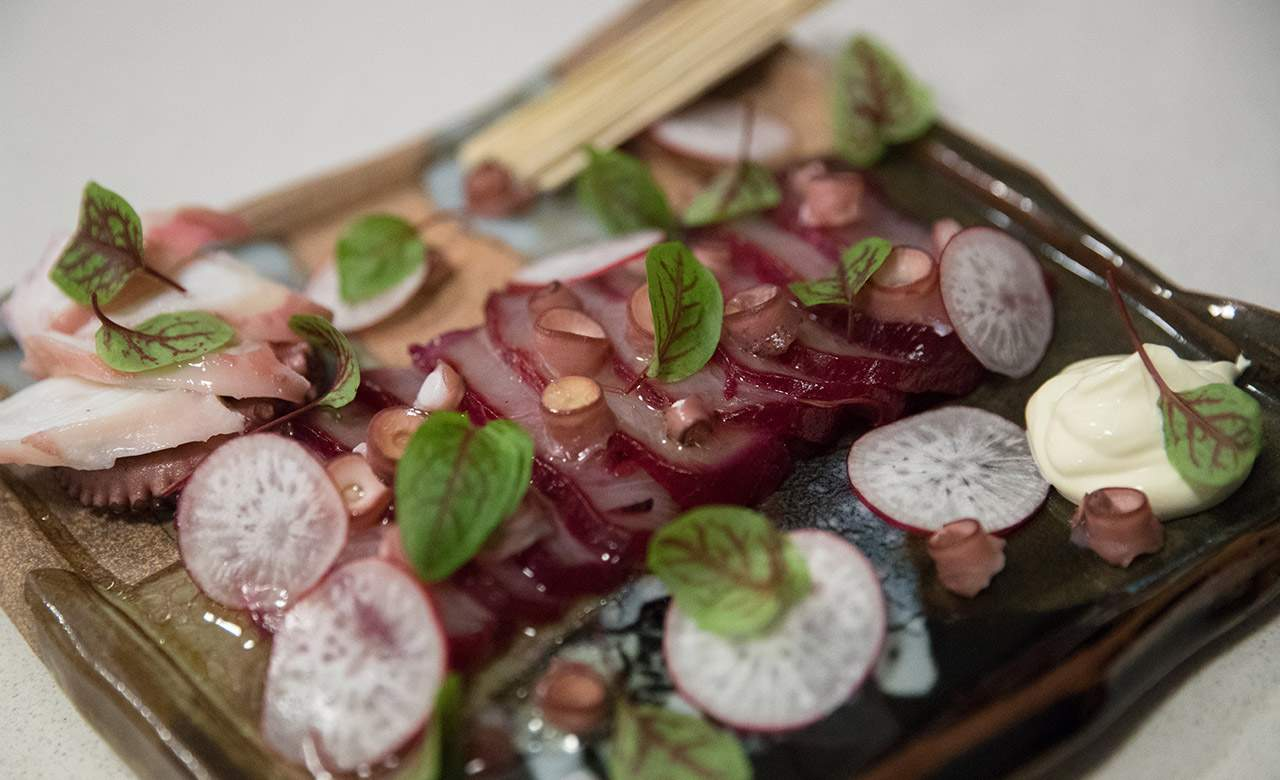 How to Make Beetroot-Cured Kingfish With a Former Tetsuya's Chef