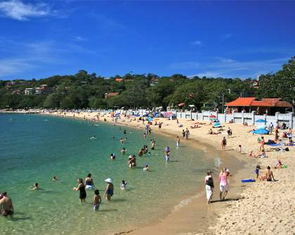 A Guide to Balmoral Beach to Take You From Sunrise to Sunset