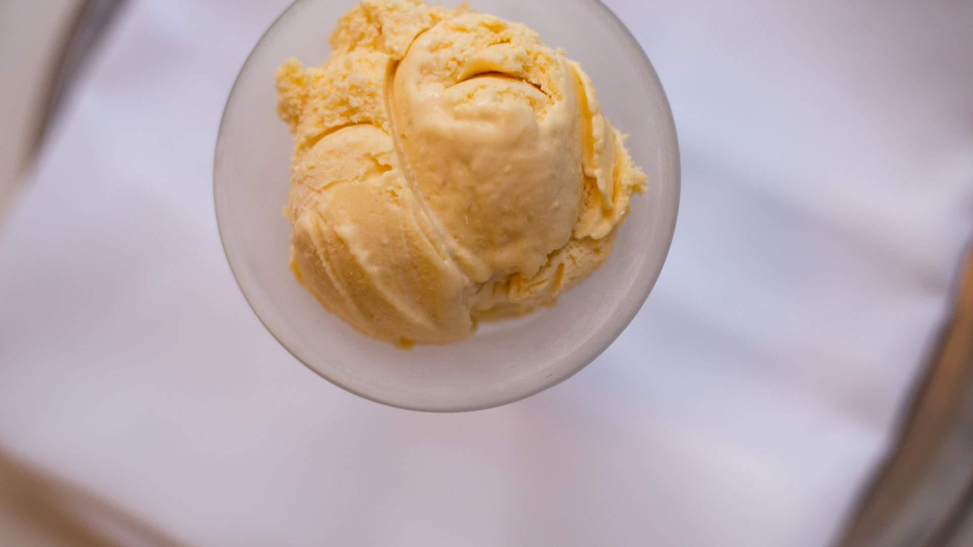 Field and Green ice cream cinnamon