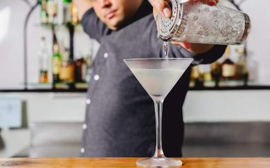 How to Make the Perfect Martini — Two Ways
