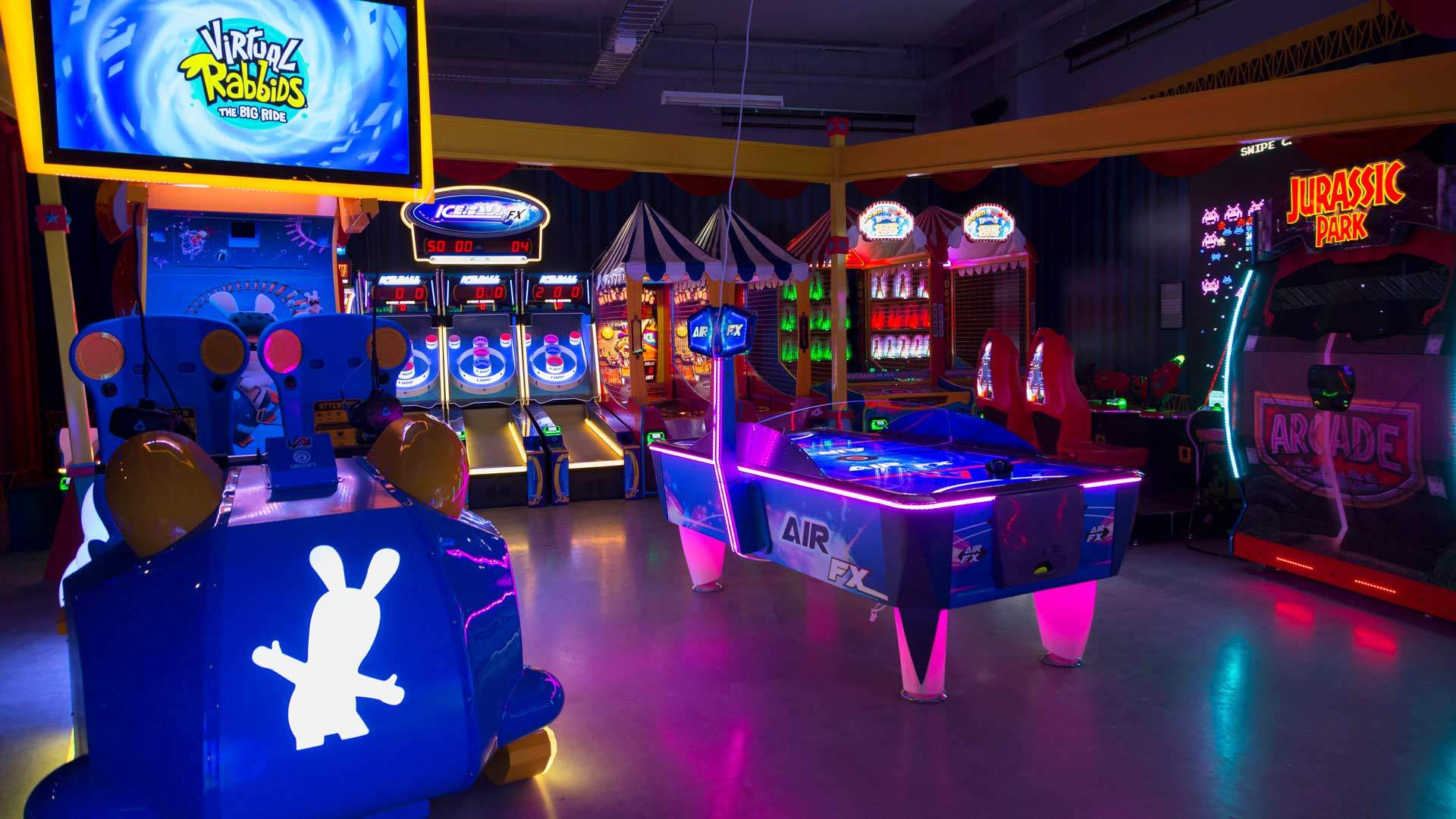 Archie Brothers Is Melbourne's New Circus-Themed Arcade Bar for Kidults