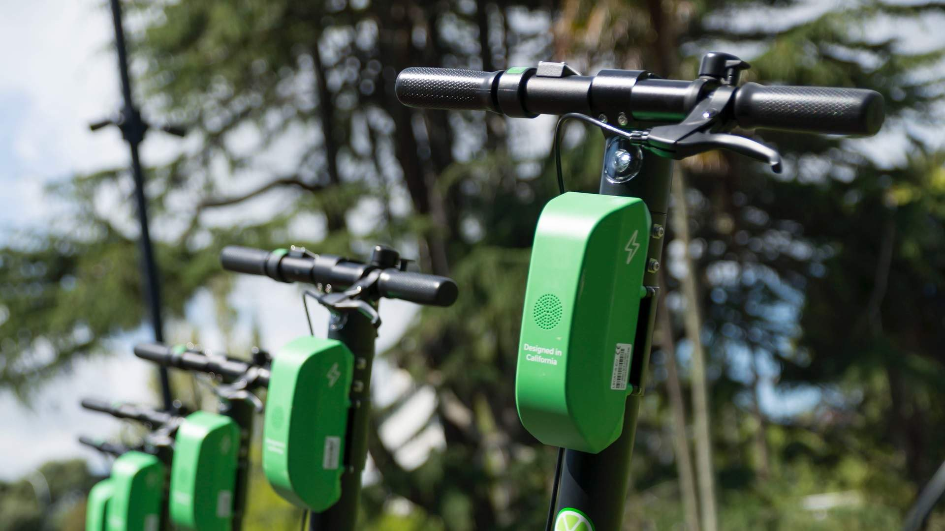 Lime's Dockless Electric Scooter Service Has Launched in Brisbane