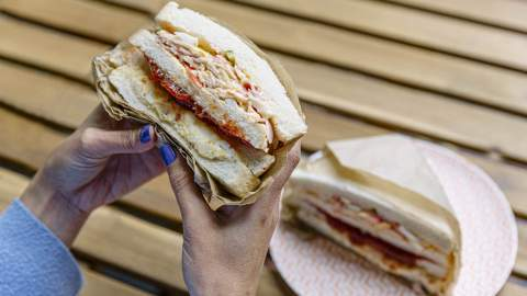 The Best Cheap Eats Under $20 You Can Find in Melbourne's CBD