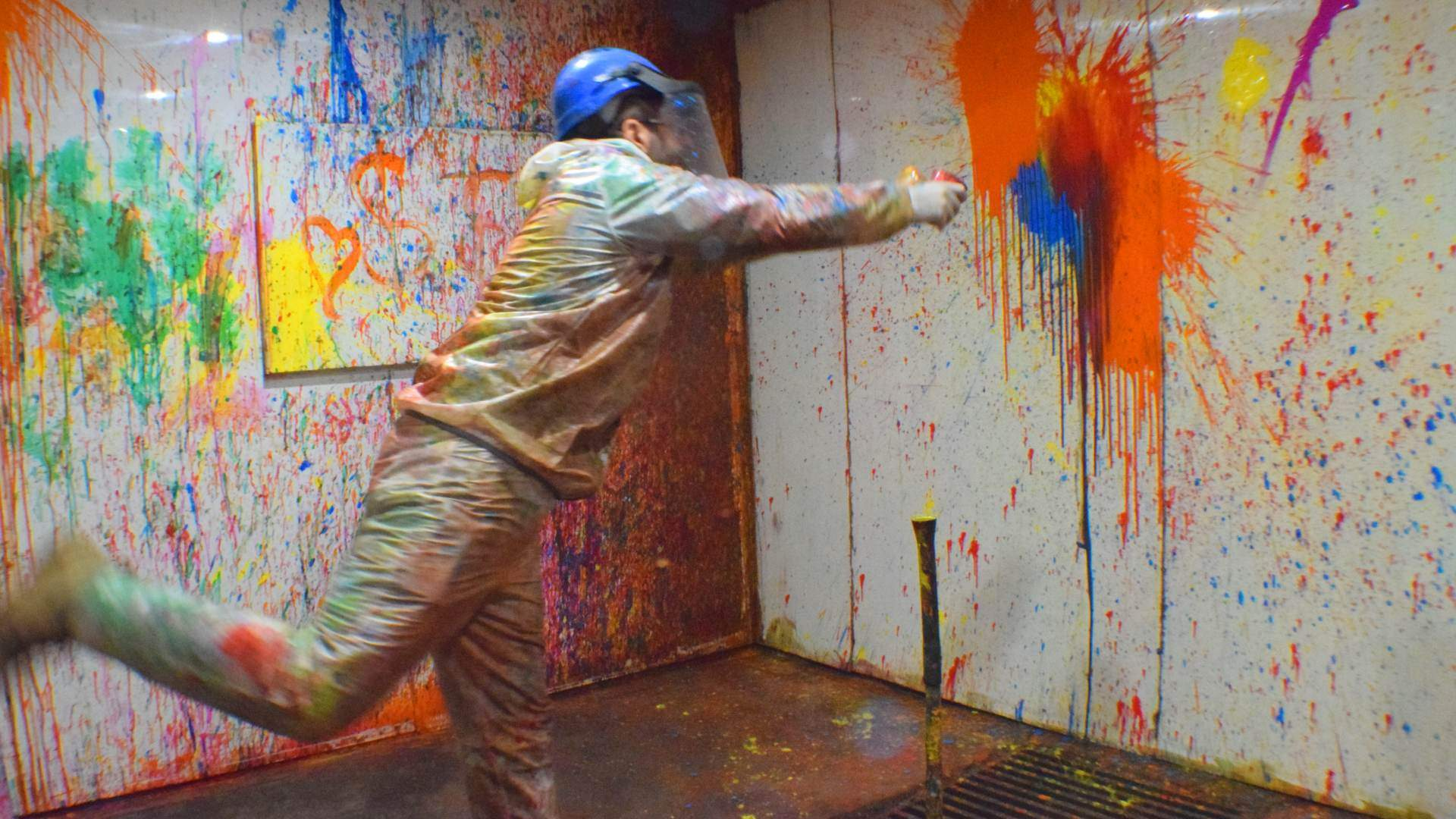 Smash Splash Is Melbourne's New Warehouse Where You Can Hurl Paint at Walls