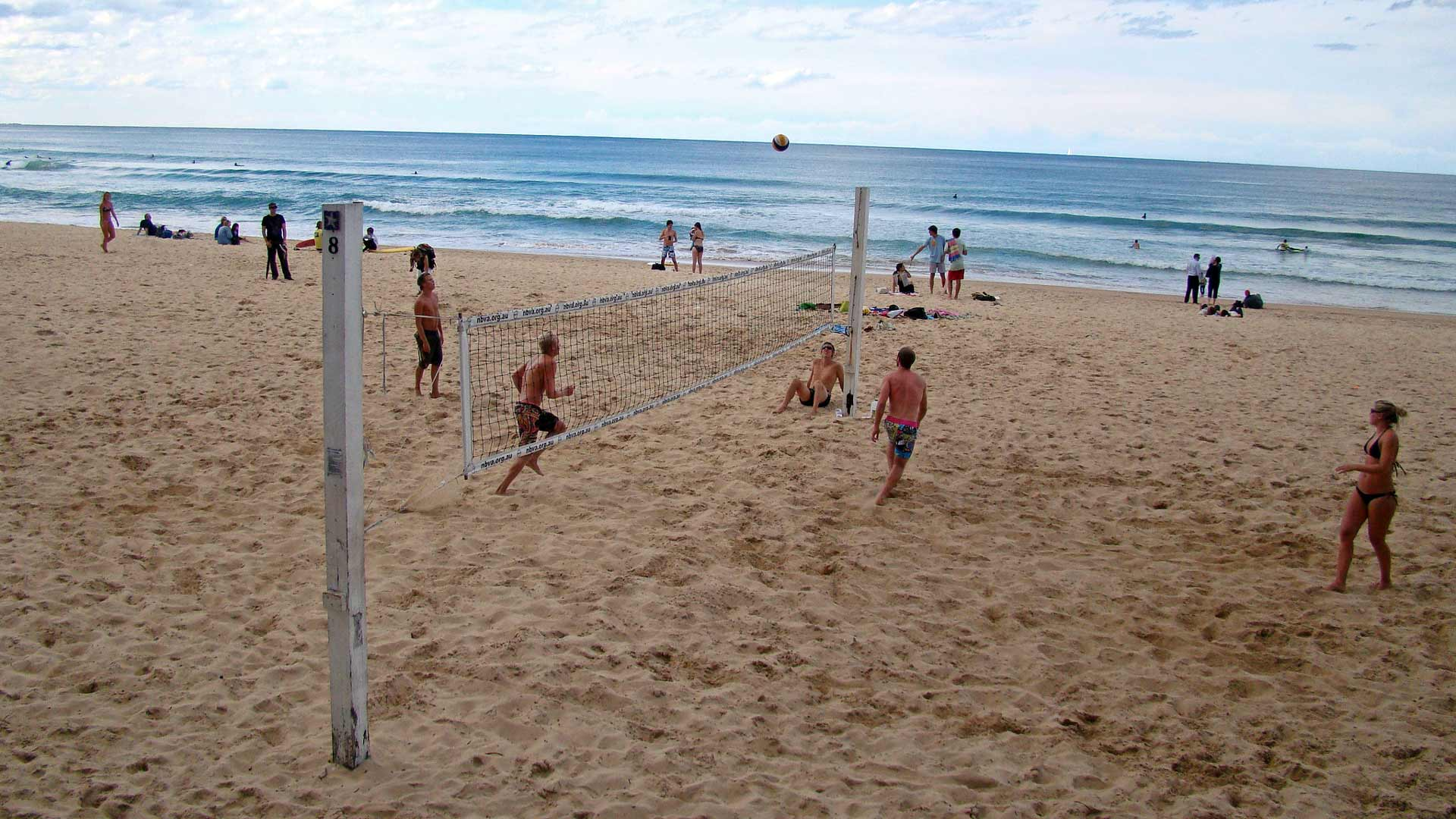 Sydney's Best Beaches for When You Want to Play Games with Your Mates