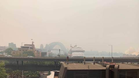 All Sydney Ferries Have Been Cancelled Because of the Bushfire Smoke