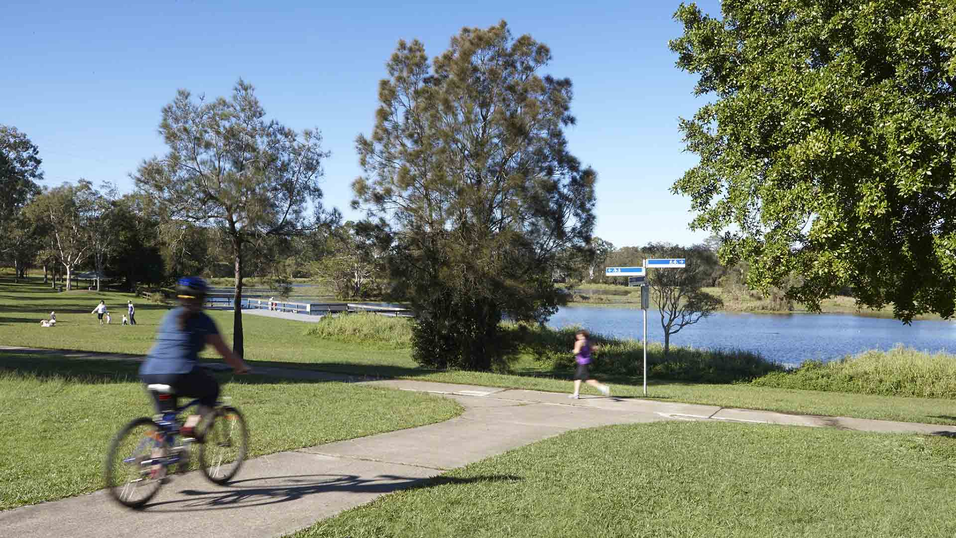 Eight Waterside Picnic Spots In and Around Brisbane That You Might Not Have Visited