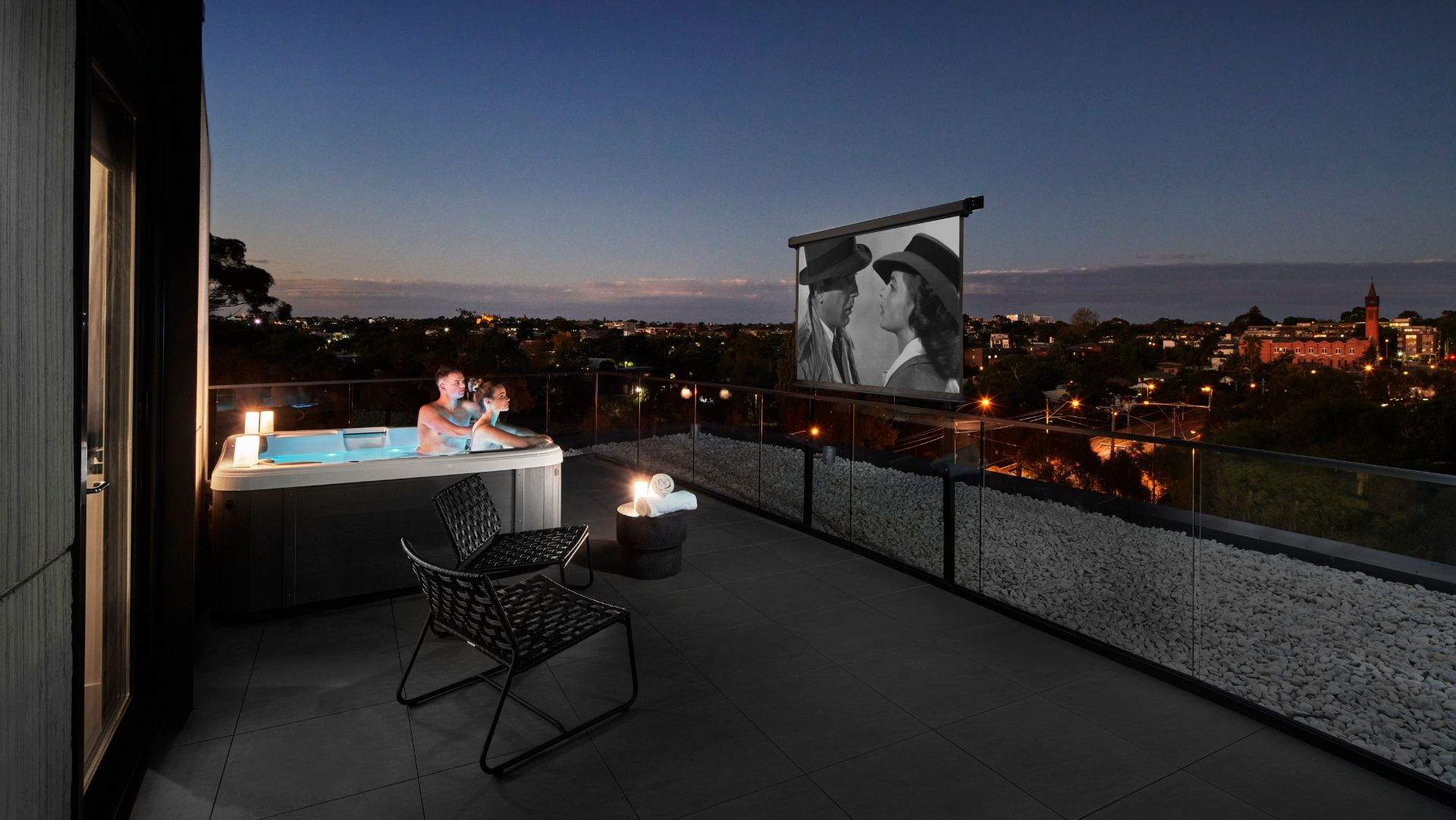Element Richmond Hotel Is Now Offering Rooms with Outdoor Hot Tub and Movie Sessions