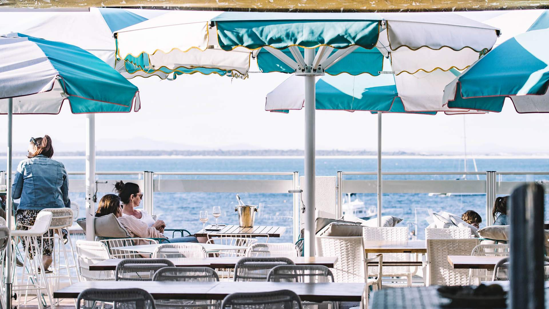 Ten Places to Eat and Drink Around Port Stephens on Your Next Romantic Getaway