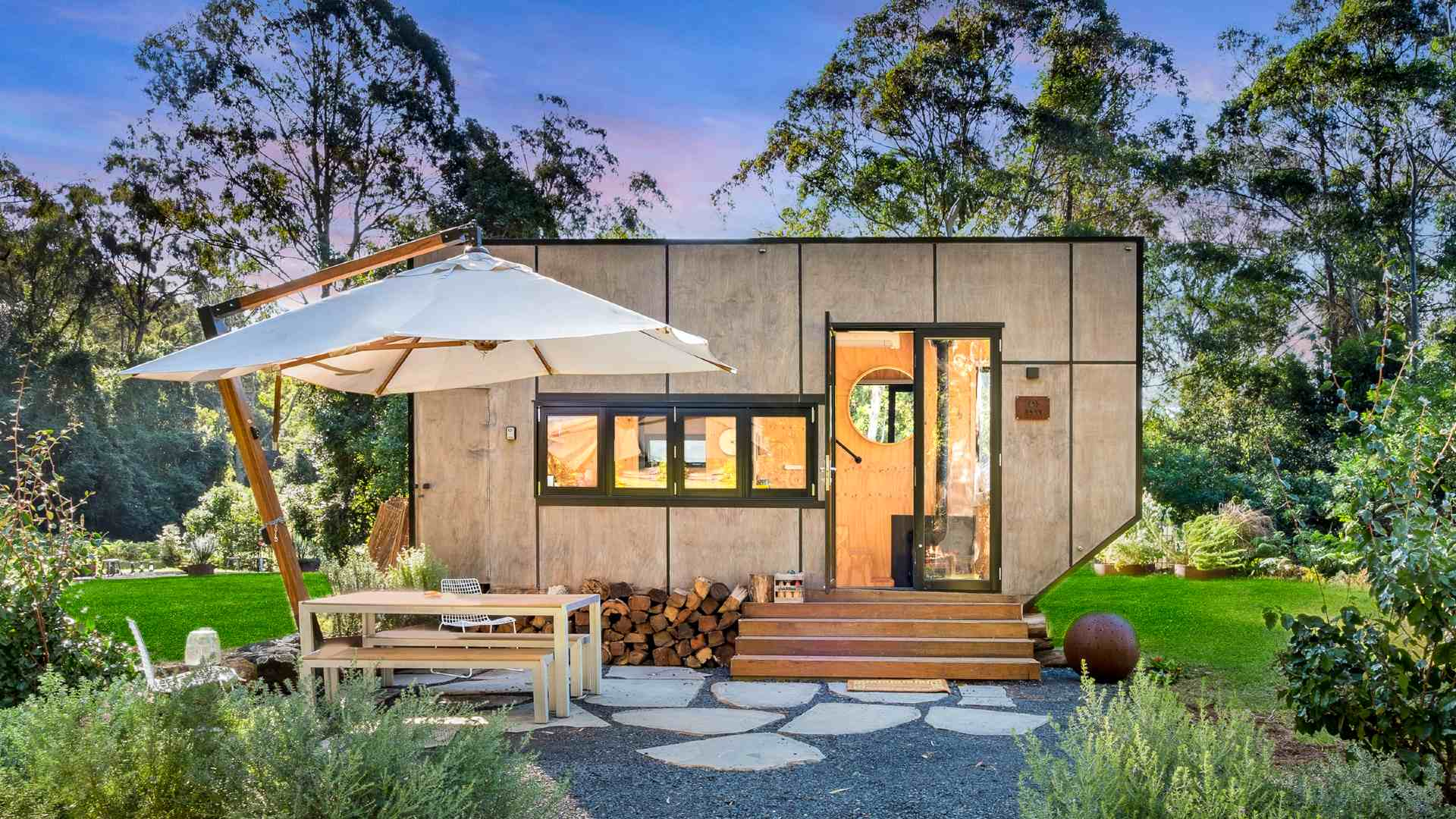 Twenty of the Mightiest Tiny Houses You Can Book Around NSW