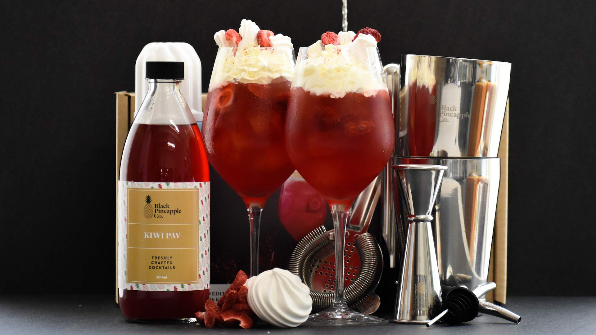 Black Pineapple Has Launched Two New Pre-Batched Christmas Cocktails