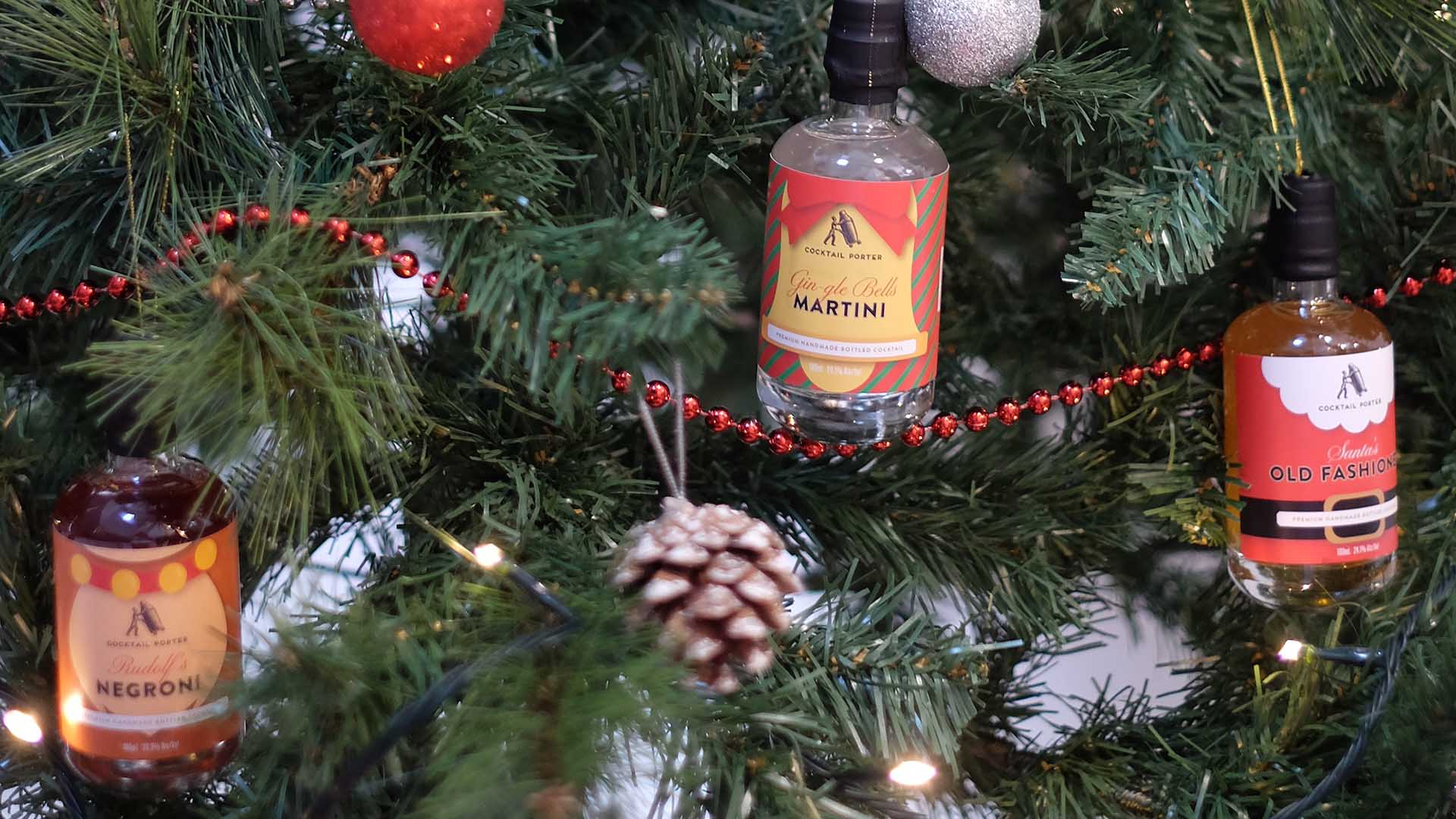 You Can Now Hang Tiny Bottles of Booze From Your Christmas Tree If You're Keen to Feel Extra Festive