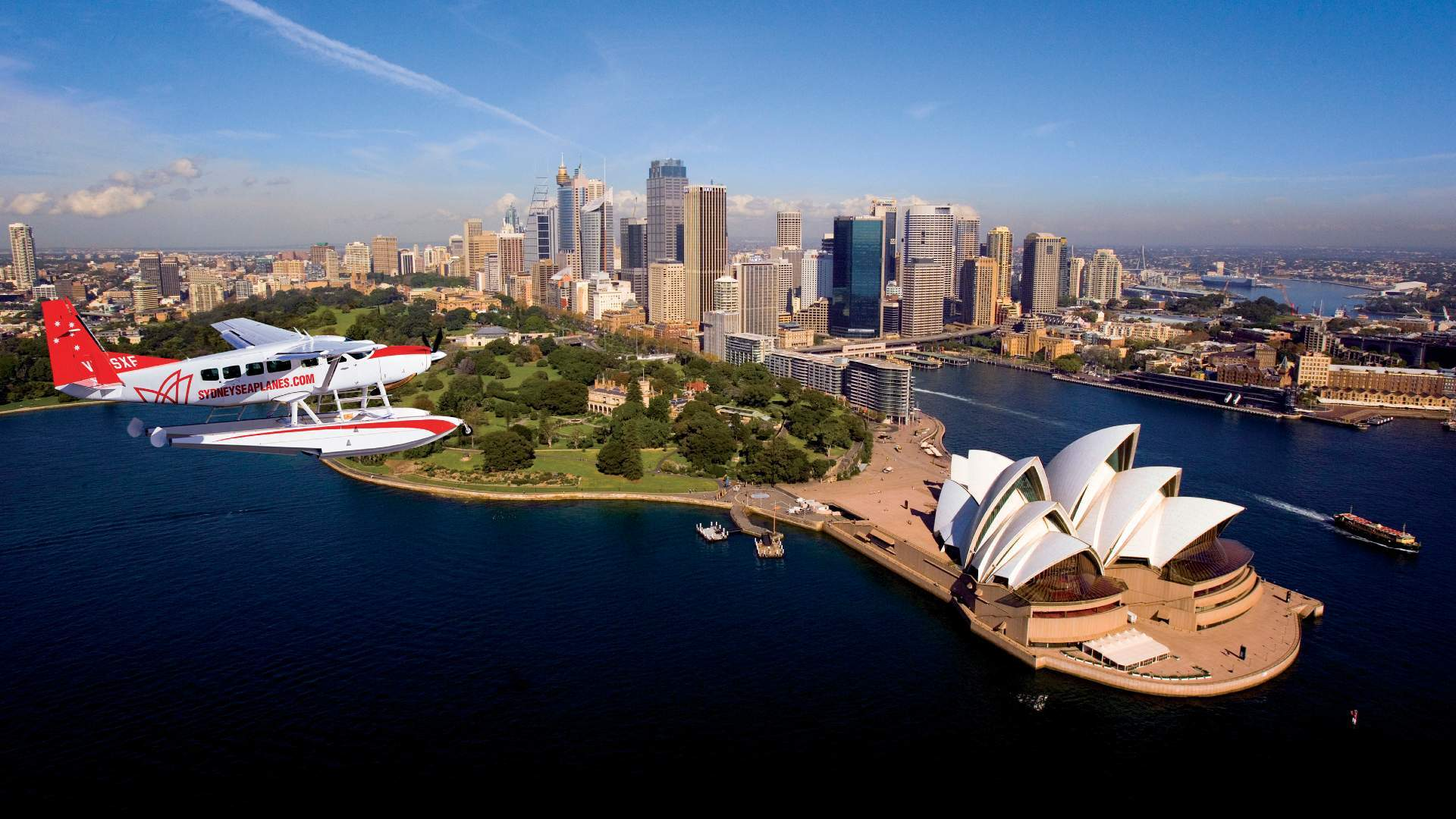 Six Ways to See Sydney from Every Angle When You Want to Play Tourist in Your Own City