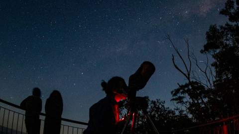 Blue Mountains Wine-Tasting Stargazing Tour