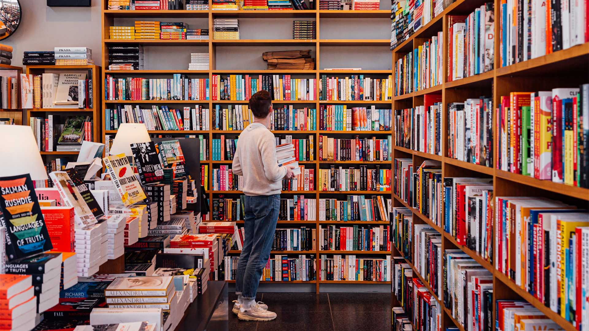 Where to Find a Good Read to Curl Up With This Weekend