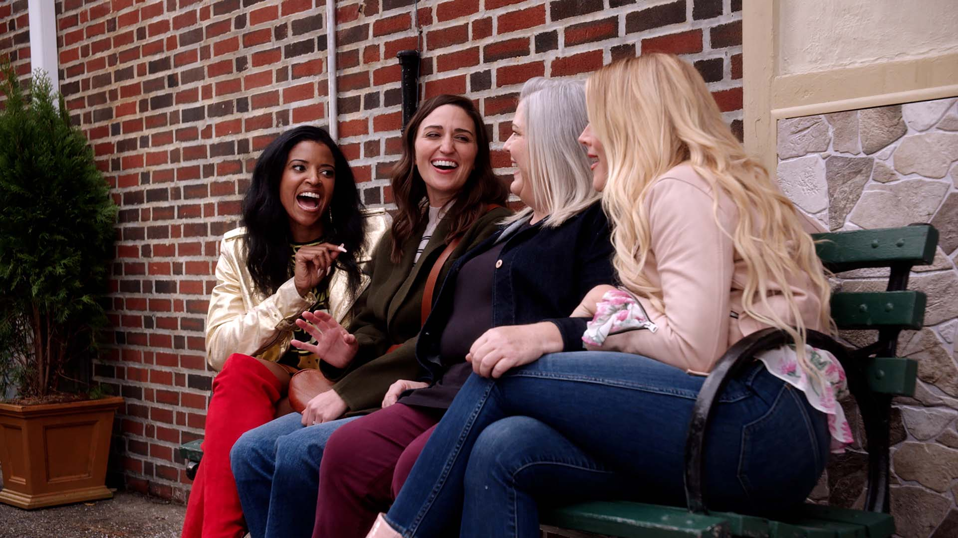 'Girls5eva' Is Bringing Its Girl Group Gags and 90s-Style Pop Tunes Back for a Second Season