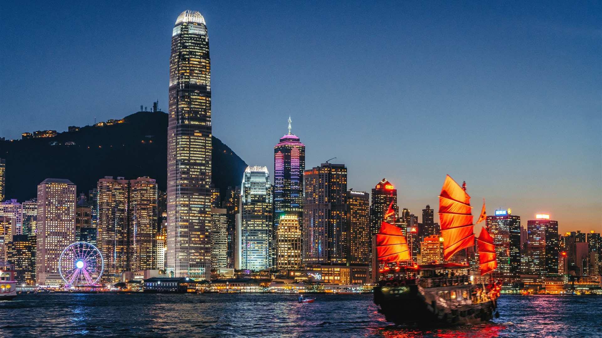 A Luxury Guide to Hong Kong