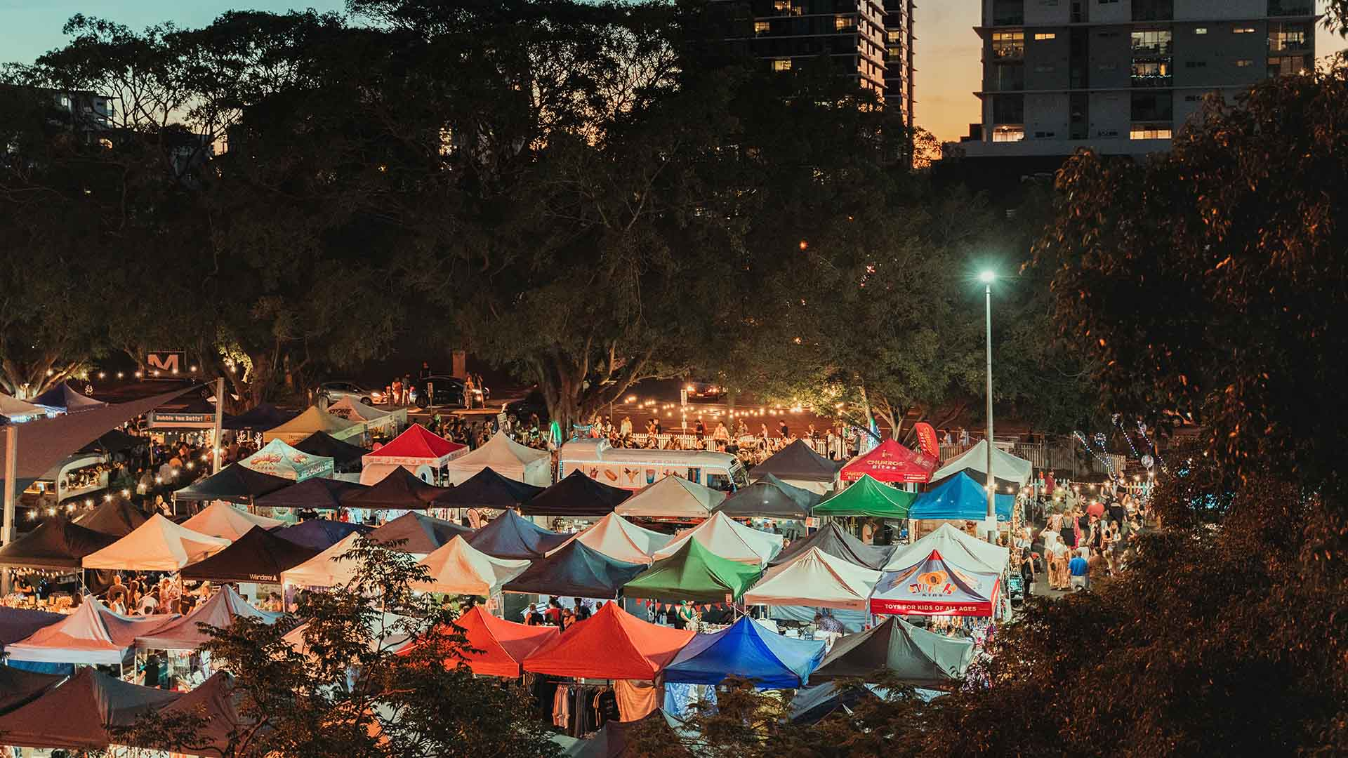 Milton Christmas Twilight Markets