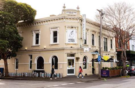 Port Melbourne's Prince Alfred Hotel Is Giving Free Pints to Folks Who've Just Been Vaccinated